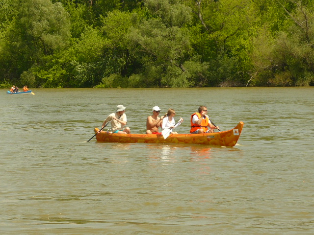Caribbean Indian canoes for 4 people